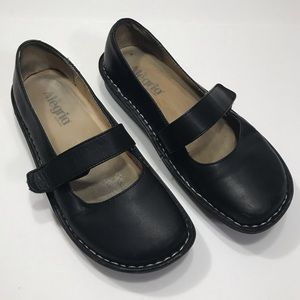 Algeria Black Mary Janes Size 37